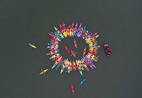 皮划艇团建